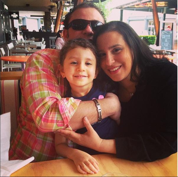 family_picture_heba_hazem_zeina