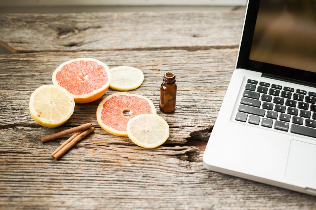 citrus-oils-laptop
